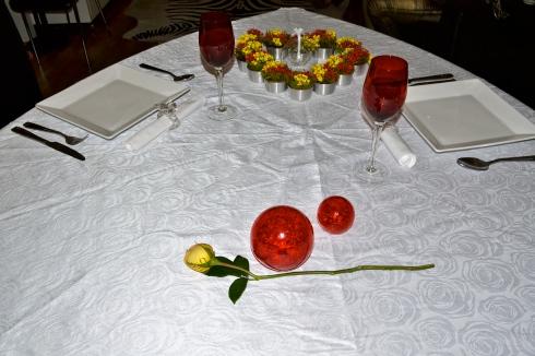 Como preparar um jantar rom ntico em casa crie moda - Preparar algo romantico en casa ...