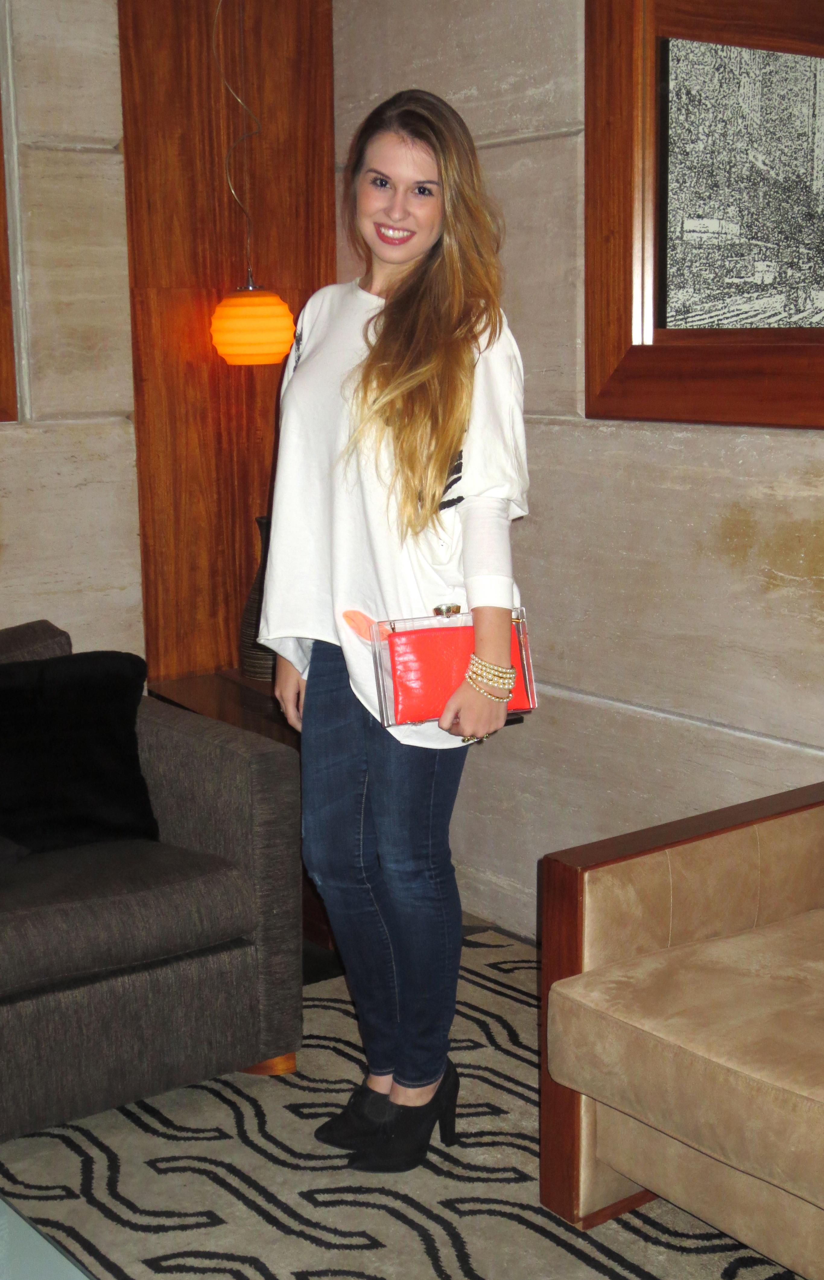 Bolsa para ir ao casamento : Look do dia blusa de cruz bolsa acrilico fabi santina